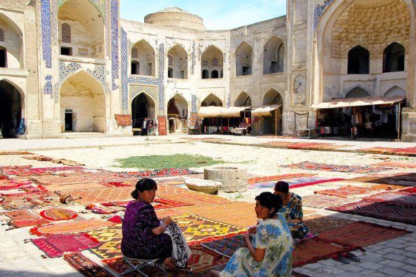 4626-布哈拉-Abdulazizxon學院-中庭.JPG