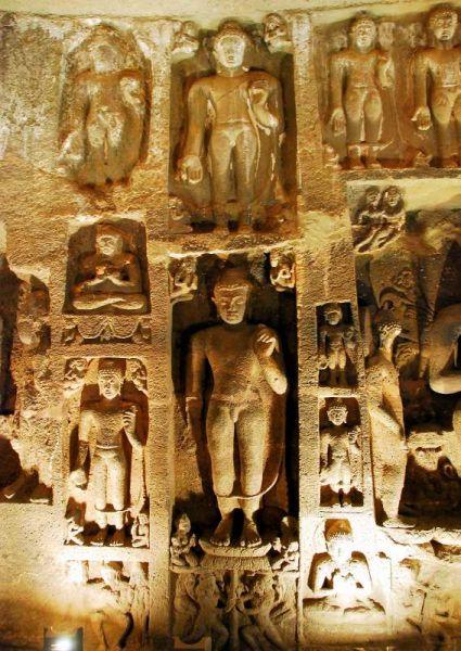 3183-阿姜塔石窟-26號洞窟室內牆壁雕像.JPG