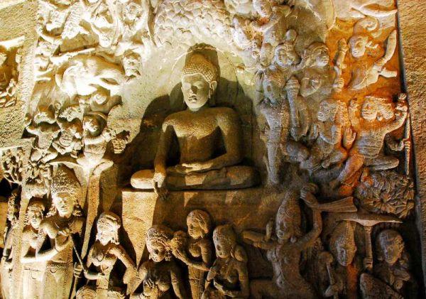 3191-阿姜塔石窟-26號洞窟室內牆壁雕像.JPG