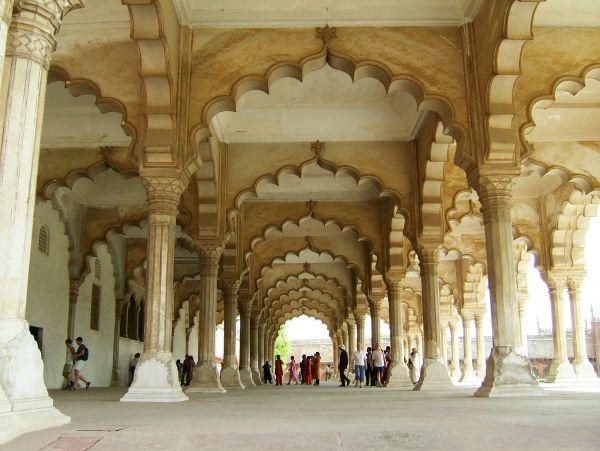 Agra-Fort-Diwan-i-Am1322117470.jpg