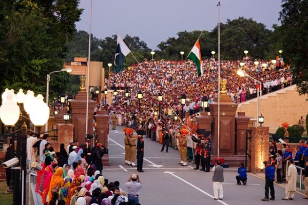 International_border_at_Wagah_-_evening_flag_lowering_ceremony.jpg