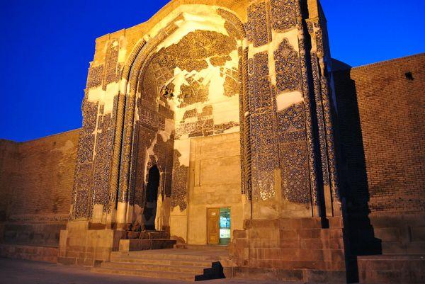 Blue_mosque_tabriz_3.JPG