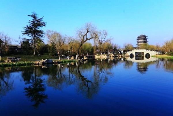 st14大明湖.jpg