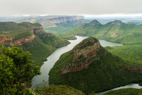 Blyde_River_Canyon_Panorama.jpg